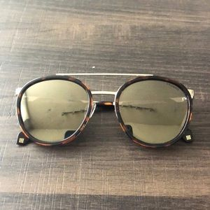 Polaroid Polarized Round Sunglasses